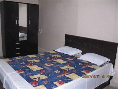 Safe & Decent Home stay Facility Near Intl. Airport (1.25Km)