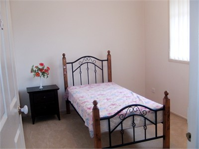 Furnished Room $99/pw for girl(s) in Casula near Mall, Shops, & train