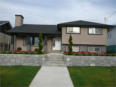 Fantastic Homestay by Metrotown! 30 mins to Downtown Vancouver!