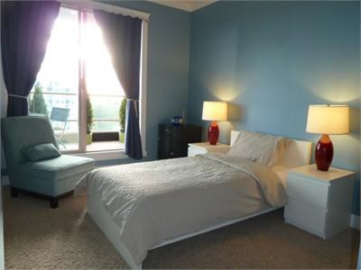 Homestay 1br/Full Bath/Balcony/Closet Great Location! Close to All!