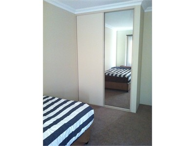 2 fully furnished room available in CanningVale 4x2 brand new house.