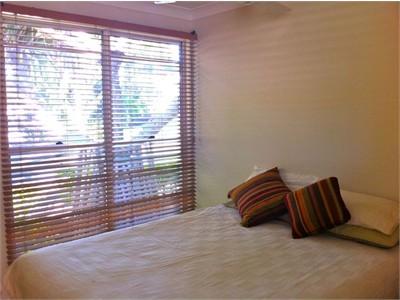 Self Contained Bedroom, Living & Bathroom - Sunrise Beach / Noosa