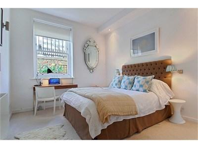 2dbl bedroom comes en suite! No sharing of bathroom