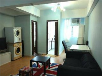 CENTRAL --- BIG STUDIO --- lots of space ! 500 sq.ft STUDIO !